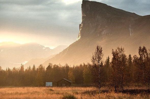 by Johan Assarsson on Flickr.Sunset in Aktse, Sarek National Park, Sweden.