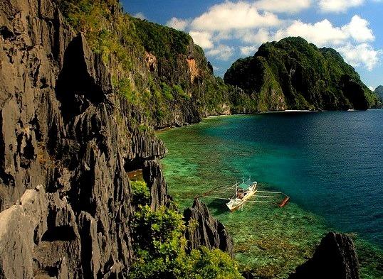 Limestone rocks at Matinloc Island in Palawan, Philippines