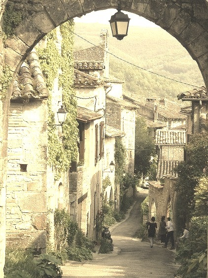 Picturesque streets of Bruniquel in southern France