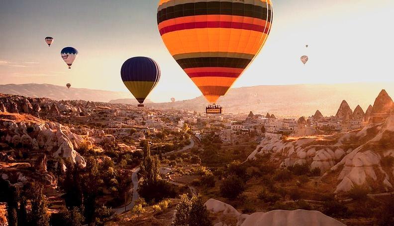 Cappadocia, Turkey (Sean Bagshaw)