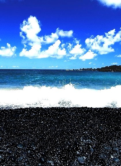 Punalu'u Beach (Black Sand Beach), Maui