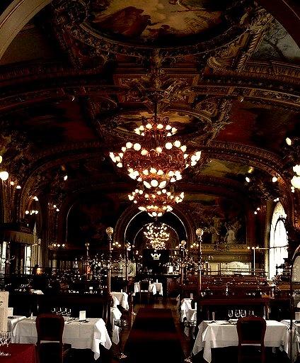 Le Train Bleu Restaurant in Paris / France