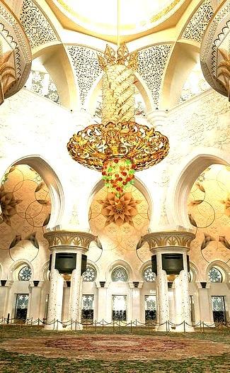 Interior of Sheikh Zayed Mosque, Abu Dhabi / UAE